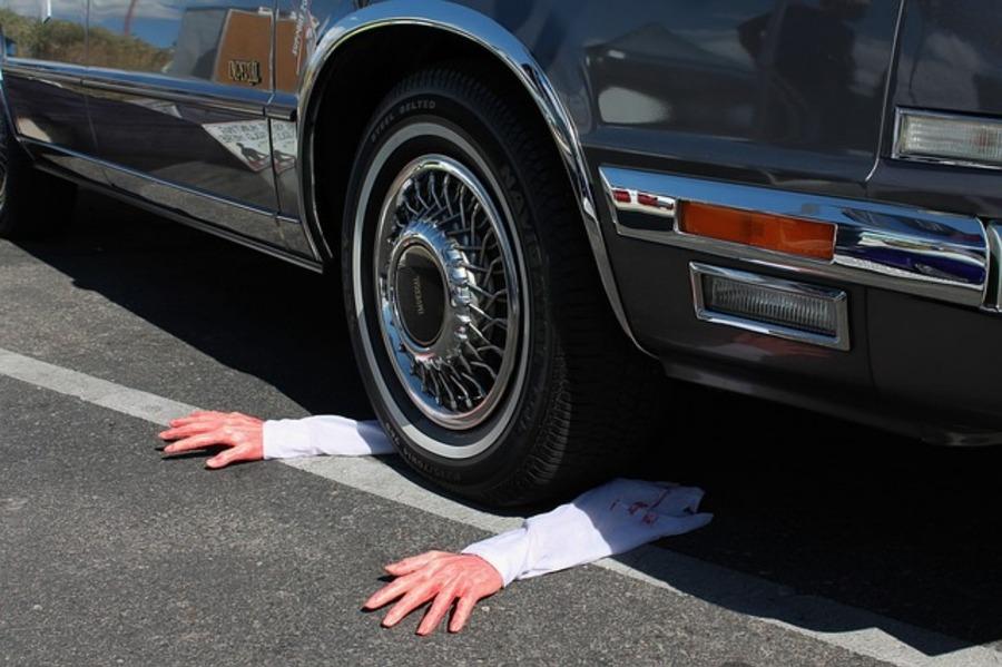 【夢占い】交通事故など事故の夢を見る意味とは?それは警告!状況別に詳細解説あり